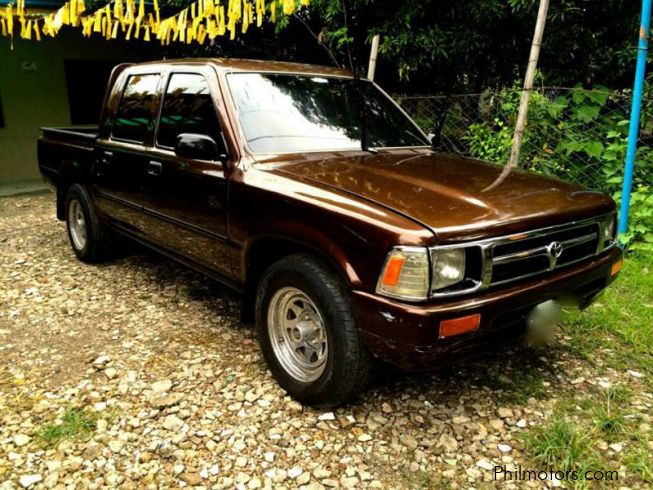 Used Toyota Hilux 1998 Hilux for sale