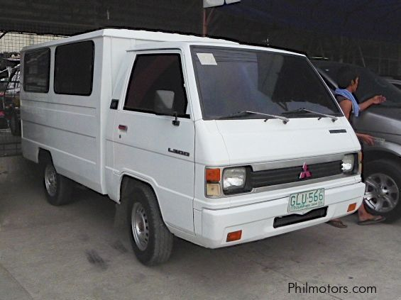 Used Mitsubishi L300 FB Deluxe