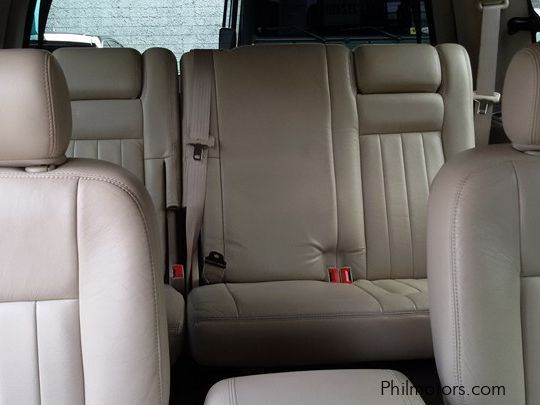 Lincoln Navigator in Philippines