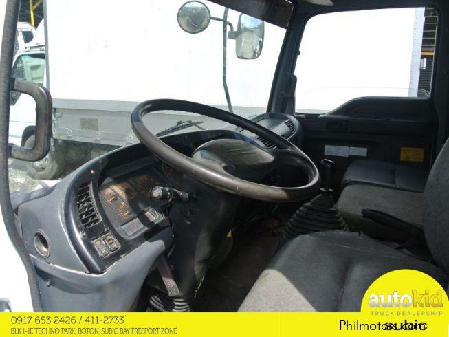 Used Isuzu Forward Dump Truck 6w 6hl1 10ft 2004 Forward