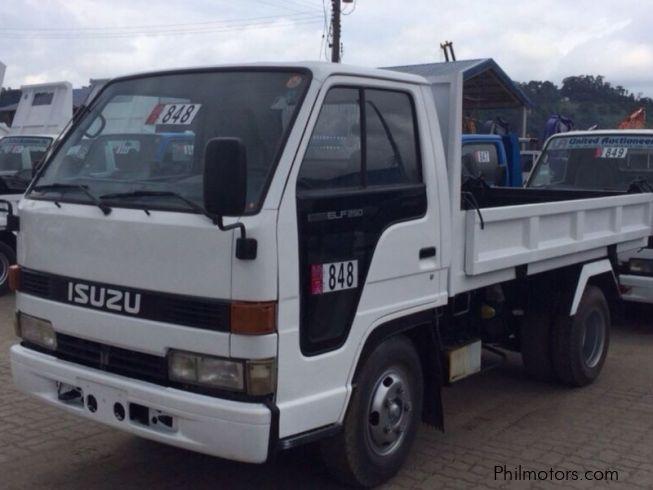 Used Isuzu Mini Dump Truck