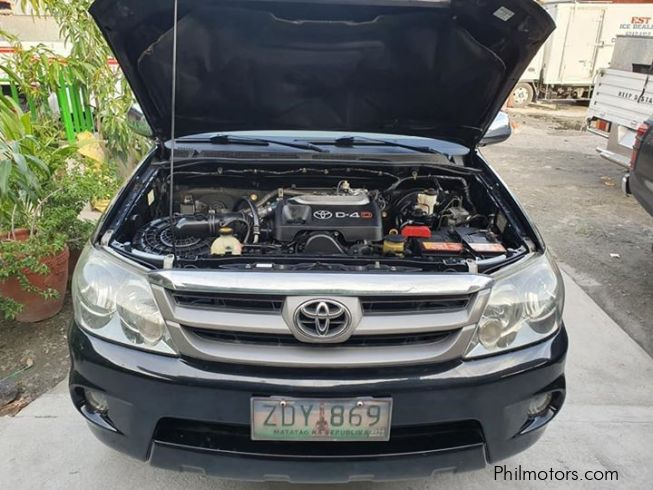 Toyota fortuner V in Philippines