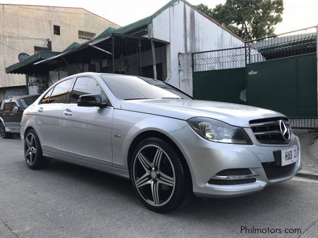 Used mercedes benz c180 2011 c180 for sale davao del for Used mercedes benz cars for sale