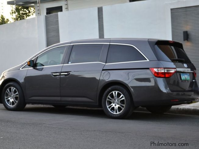 used honda odyssey 2013 odyssey for sale quezon city honda odyssey sales honda odyssey. Black Bedroom Furniture Sets. Home Design Ideas