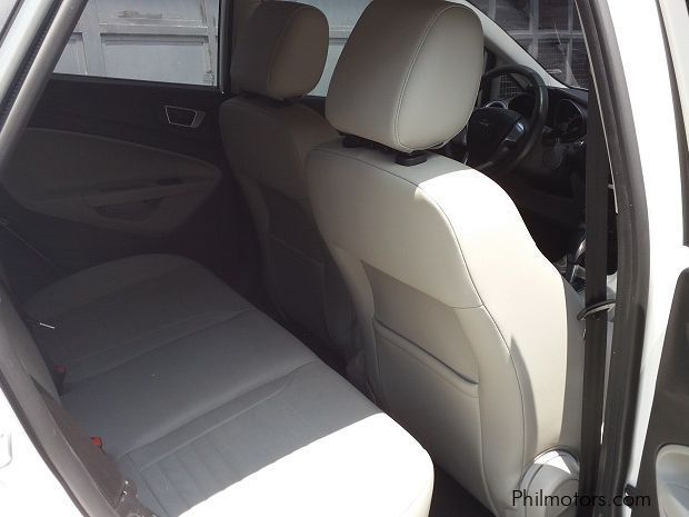 2014 ford fiesta titanium owners manual