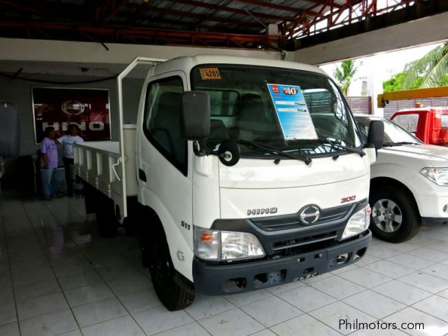 New Hino 300 Dropside Truck 2014 300 Dropside Truck For