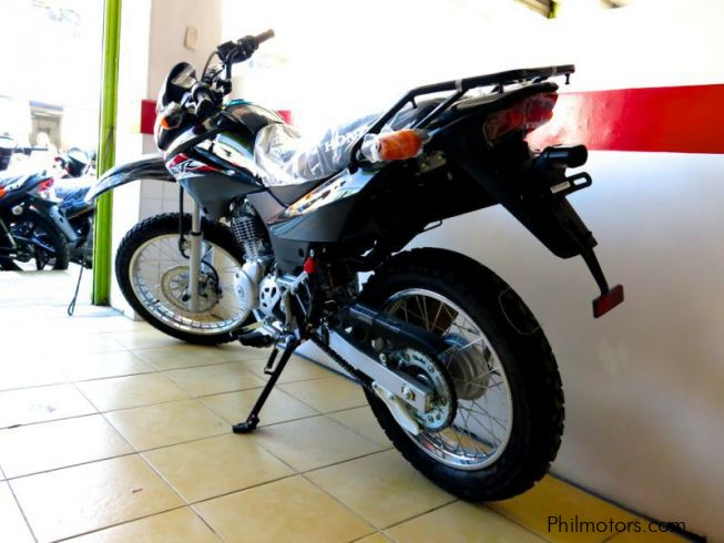 new honda xr 125 l 2014 xr 125 l for sale countrywide. Black Bedroom Furniture Sets. Home Design Ideas