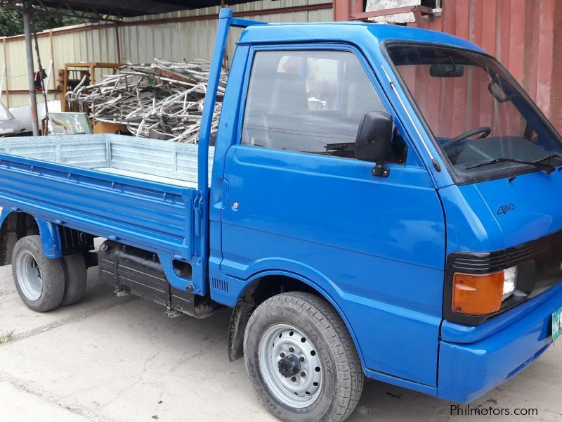 Used Mazda Bongo Truck 4x4 Double Tires Long Bed