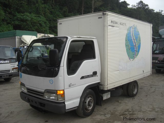Used Isuzu Elf Closed Van, 10 Feet 4HG1-Engine | 2004 Elf