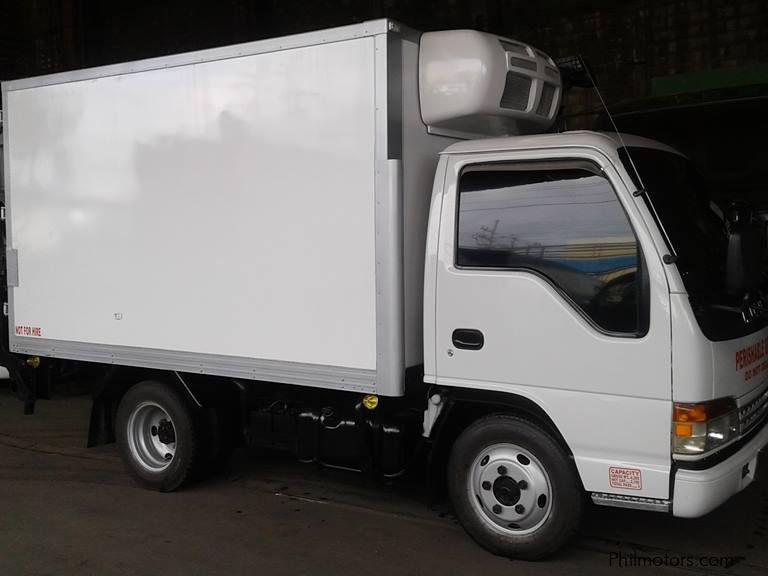 Used Isuzu 10ft Refrigerated Van 2006 10ft Refrigerated