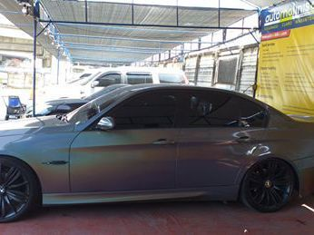 BMW 320i in Philippines