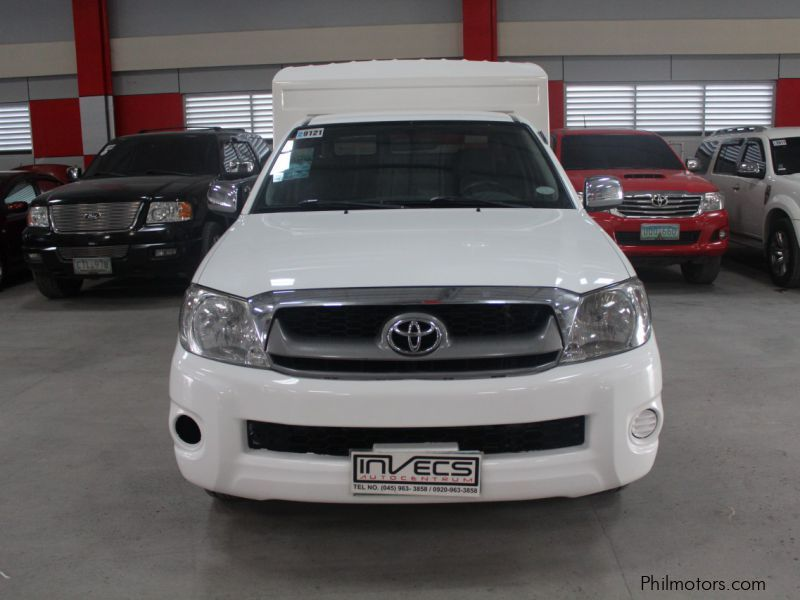Used Toyota Hilux FX 2009 Hilux FX for sale