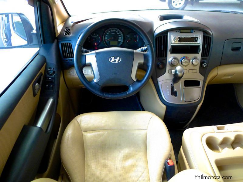 b598d15760 ... Hyundai Grand Starex Gold in Philippines ...