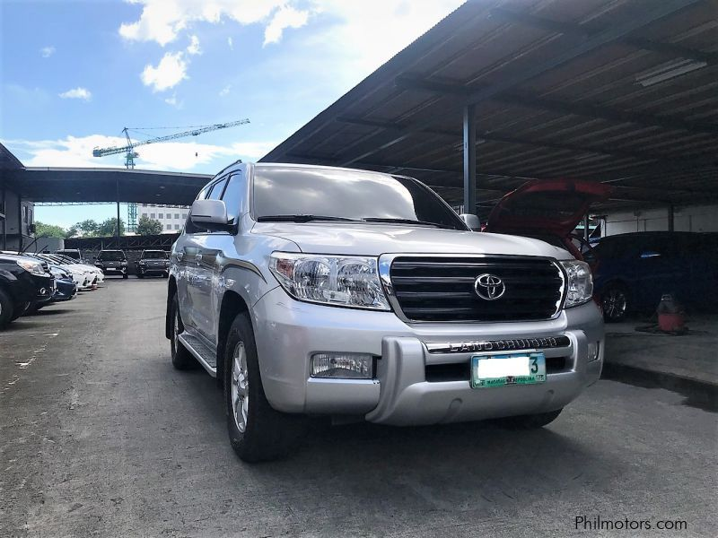 Used Toyota Land Cruiser LC200 Dubai Version | 2010 Land