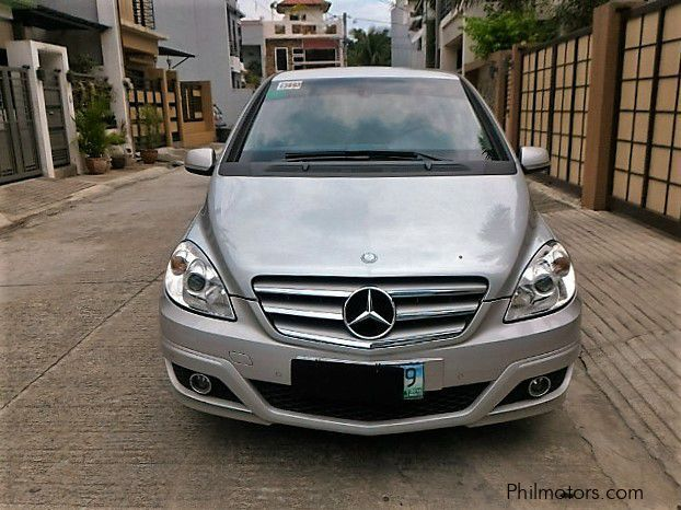 Used mercedes benz b160 2011 b160 for sale quezon city for Mercedes benz price philippines