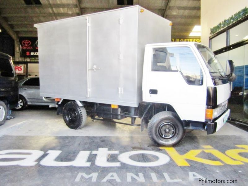003ba6124a Mitsubishi Canter Closed Van EP8 2011 in Philippines ...