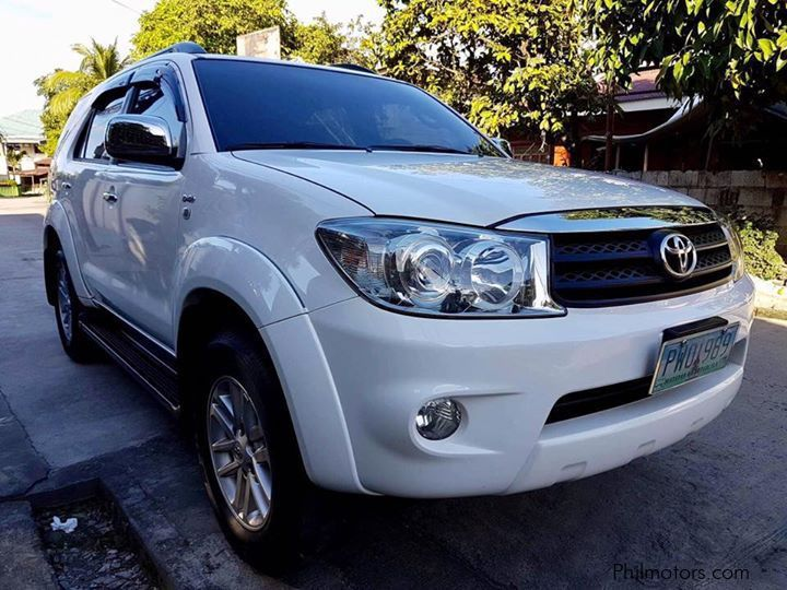 Used Toyota Fortuner G 2 5 Diesel Automatic 2011