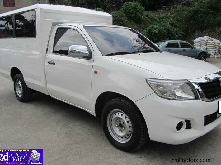 Used Toyota Hilux FX 2012 Hilux FX for sale