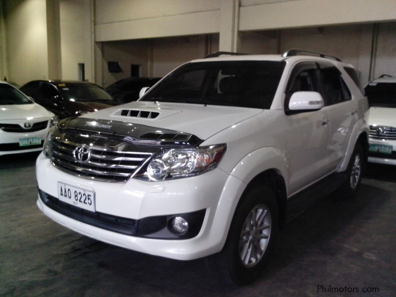 Used Toyota Toyota Fortuner 4x2 2 5 V autimatic diesel 2014