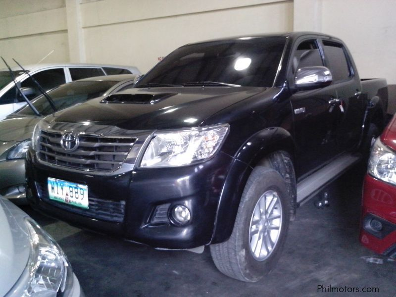 used toyota toyota hilux 2 5 g 4x2 automatic diesel 2014 2014 toyota hilux 2 5 g 4x2 automatic. Black Bedroom Furniture Sets. Home Design Ideas