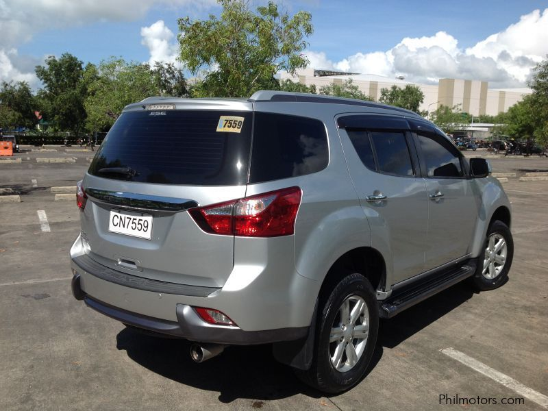 Ace Auto Sales >> Used Isuzu mux | 2015 mux for sale | Quezon Isuzu mux ...