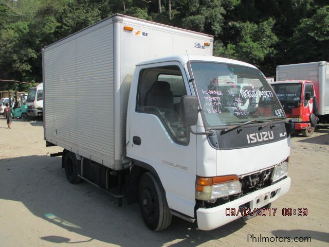 detailing ever popular latest 2017 Isuzu GIGA Closed Van car Photos - Transmissions - 0 km ...