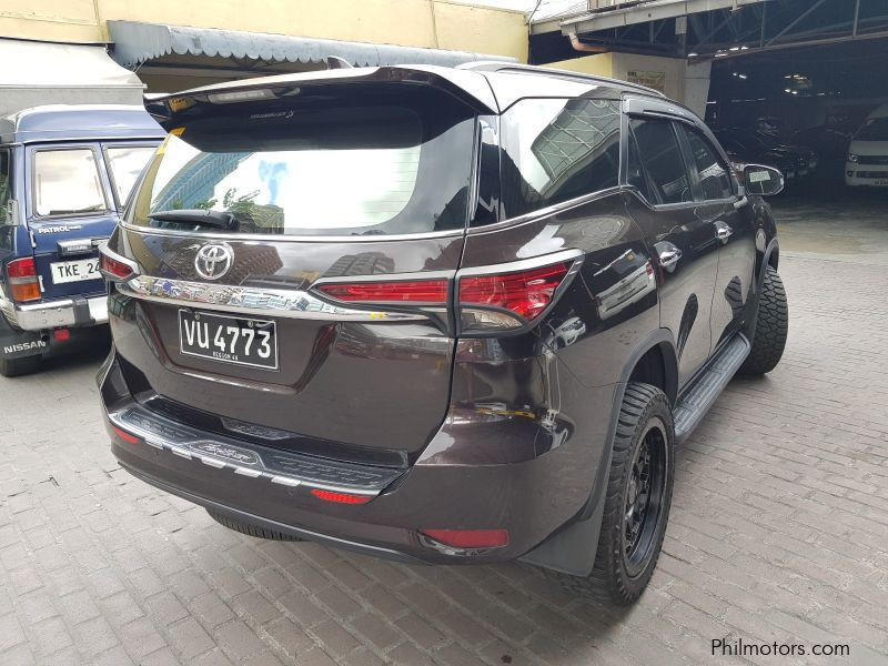 Toyota Fortuner V 4x2 in Philippines