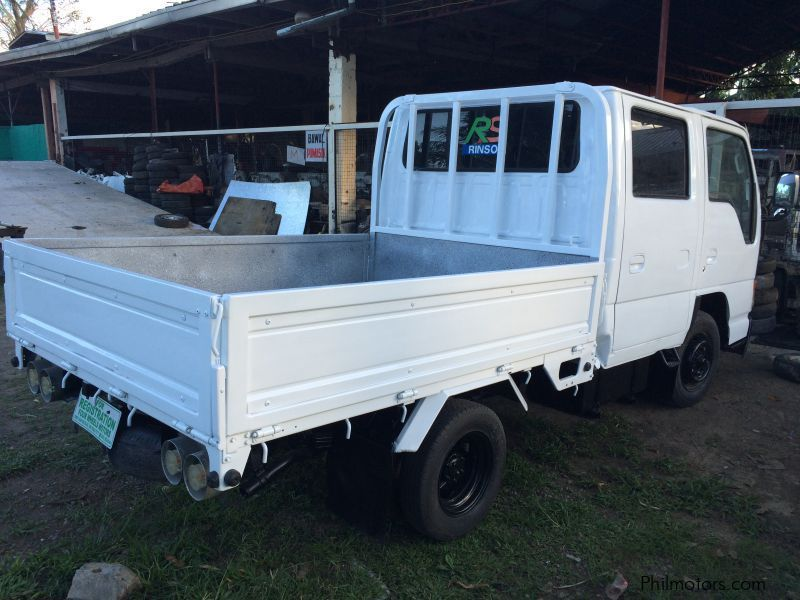Isuzu Elf Double Cab 4JG2 GIGA look in Philippines