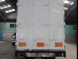 Isuzu N Series NKR 4x2 6wheeler refrigerated chiller van truck in Philippines