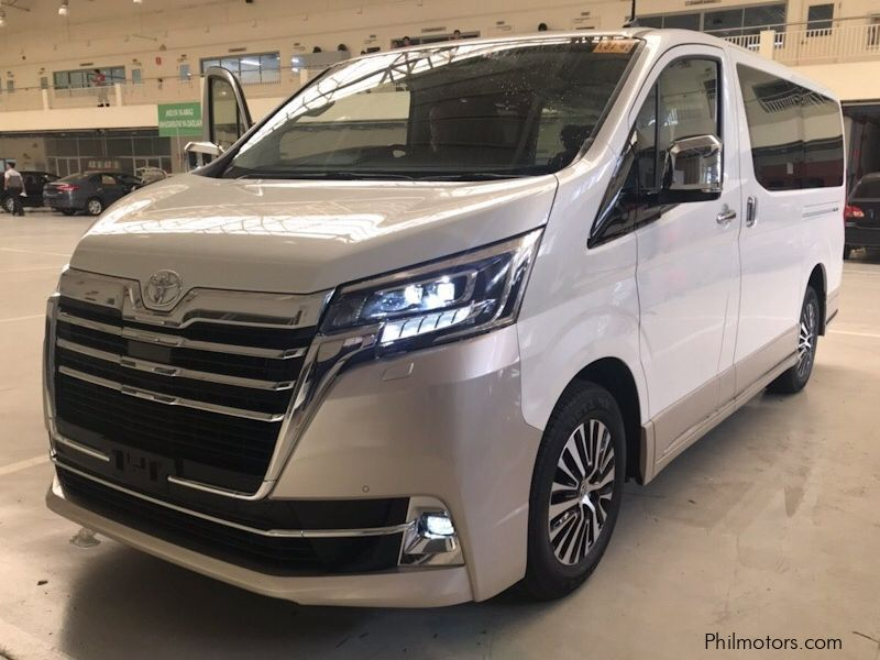 Toyota Hiace Elite Super Grandia Premium Philippines in Philippines