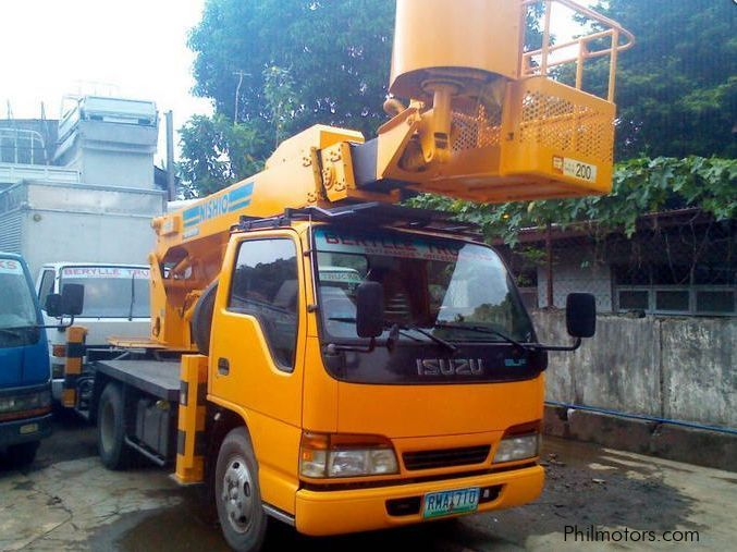 Used Isuzu Cherry Picker for sale in Quezon City