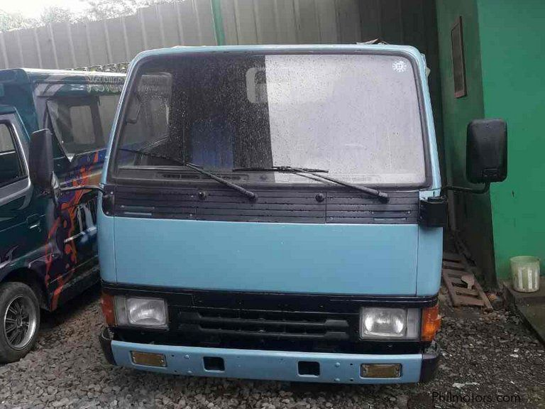 Pre-owned Mitsubishi Canter DropSide Cargo  4D33  Rear Double Tires for sale in