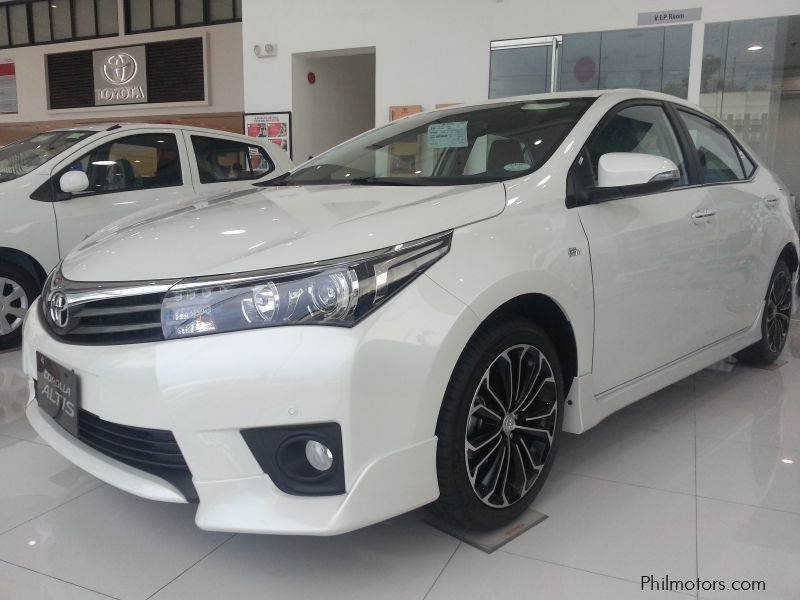 New Toyota Altis 2.0 V for sale in Rizal