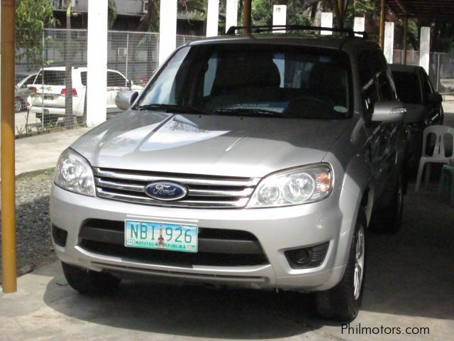 Used Ford ESCAPE XLS for sale in Pasig City