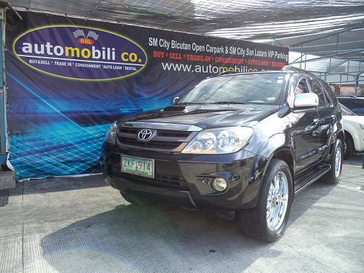 Used Toyota Fortuner V for sale in Paranaque City