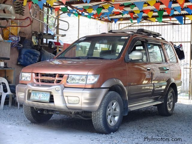 Used Isuzu Crosswind in Cavite