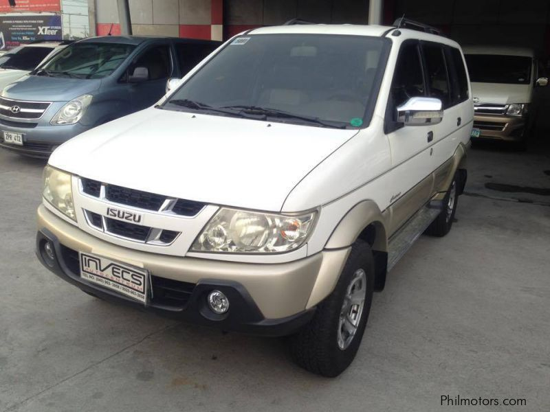 Pre-owned Isuzu Crosswind for sale in Pampanga