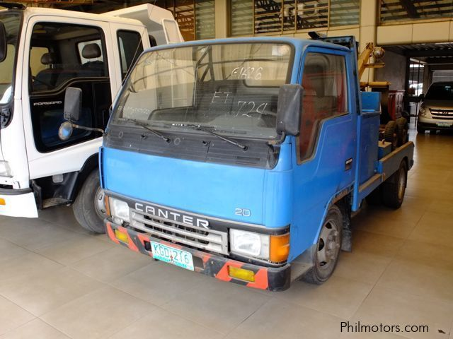 Used Mitsubishi Canter MIniwrecker for sale in Cebu