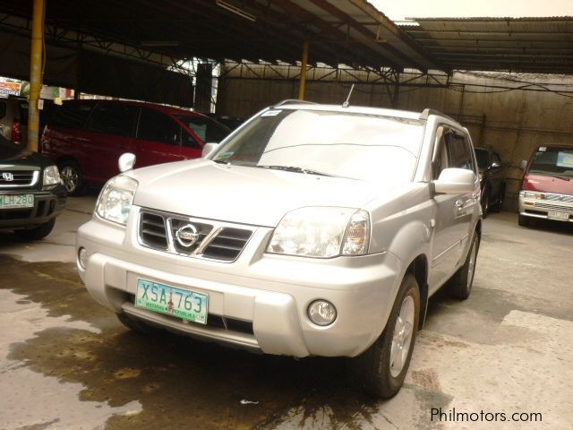 Pre-owned Nissan X-trail for sale in Makati City