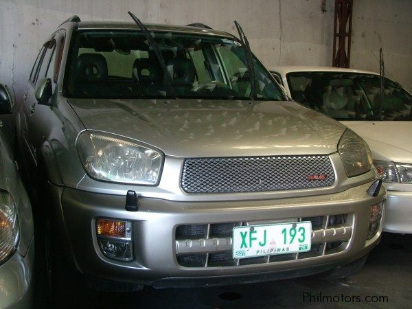 Pre-owned Toyota Rav-4 for sale in Las Pinas City