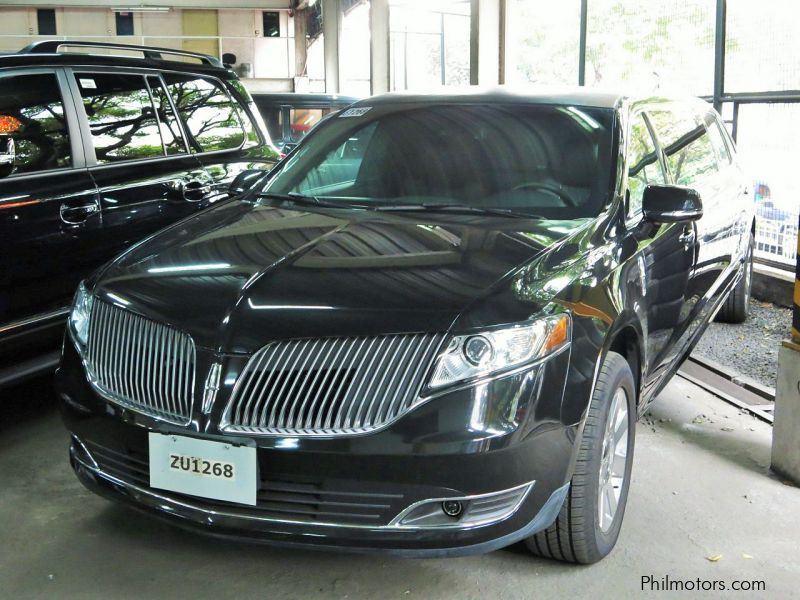 New Lincoln MKT for sale in Makati City