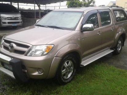 Used Toyota Hilux for sale in Bulacan