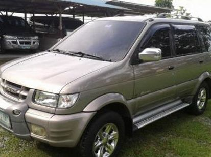 Pre-owned Isuzu Crosswind for sale in Bulacan