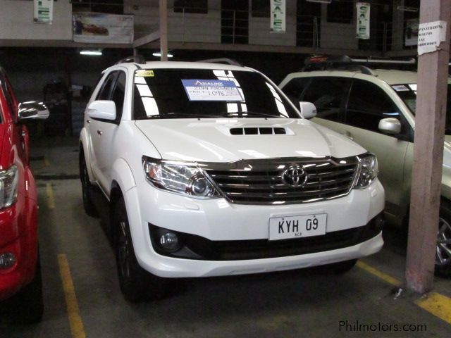 Pre-owned Toyota Fortuner V for sale in Quezon City