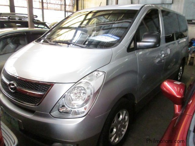 Pre-owned Hyundai Grand starex Gold for sale in Quezon City
