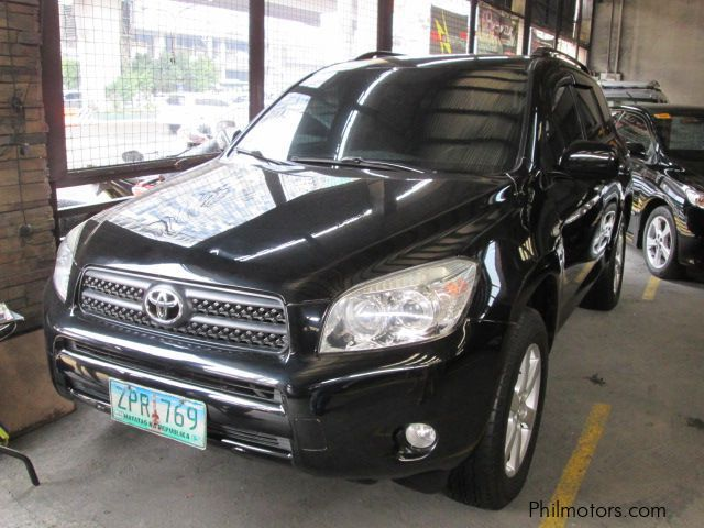 Pre-owned Toyota Rav 4 for sale in Quezon City