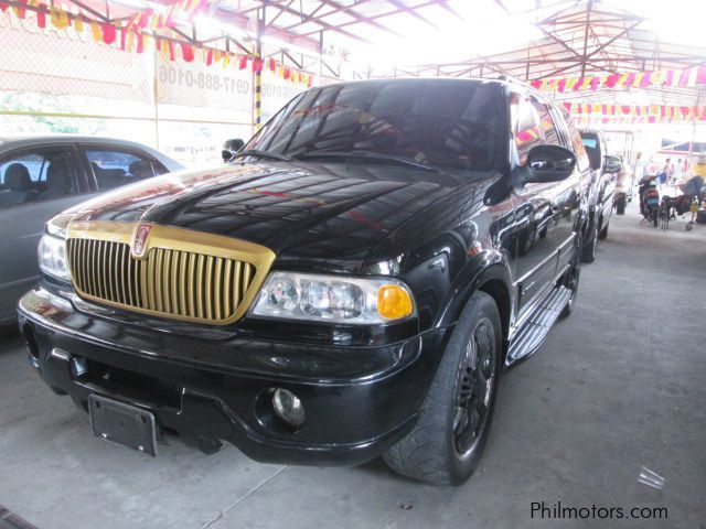 Used Lincoln Navigator for sale in Las Pinas City