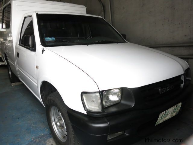 Pre-owned Isuzu Pasenger Van for sale in Quezon City