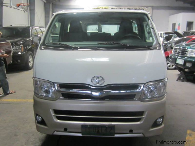 Pre-owned Toyota Hi-Ace Commuter for sale in Las Pinas City