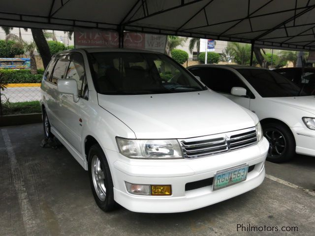Used Mitsubishi Grandis Chariot for sale in Rizal